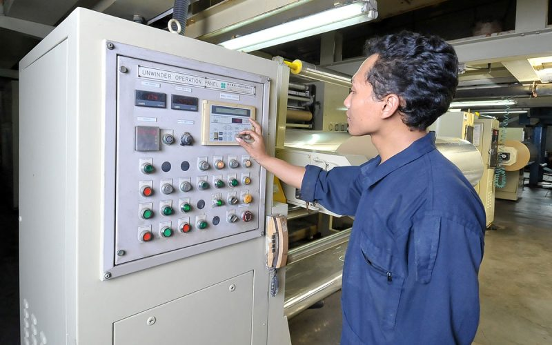 OPP Coating, Unwinder Control Panel